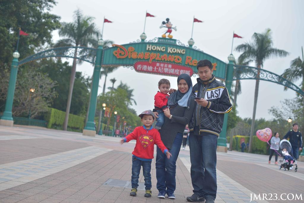 Pengalaman ke Hong Kong Disneyland bersama Anak-anak [Part 1]
