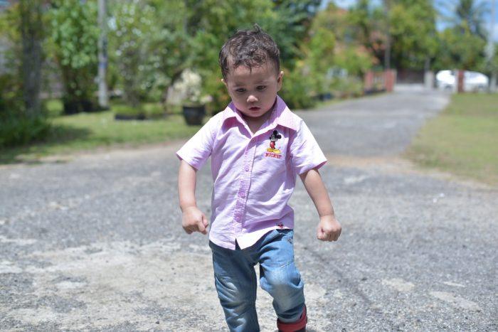 Tingkah Laku Anak Kecil Semasa Hari Raya