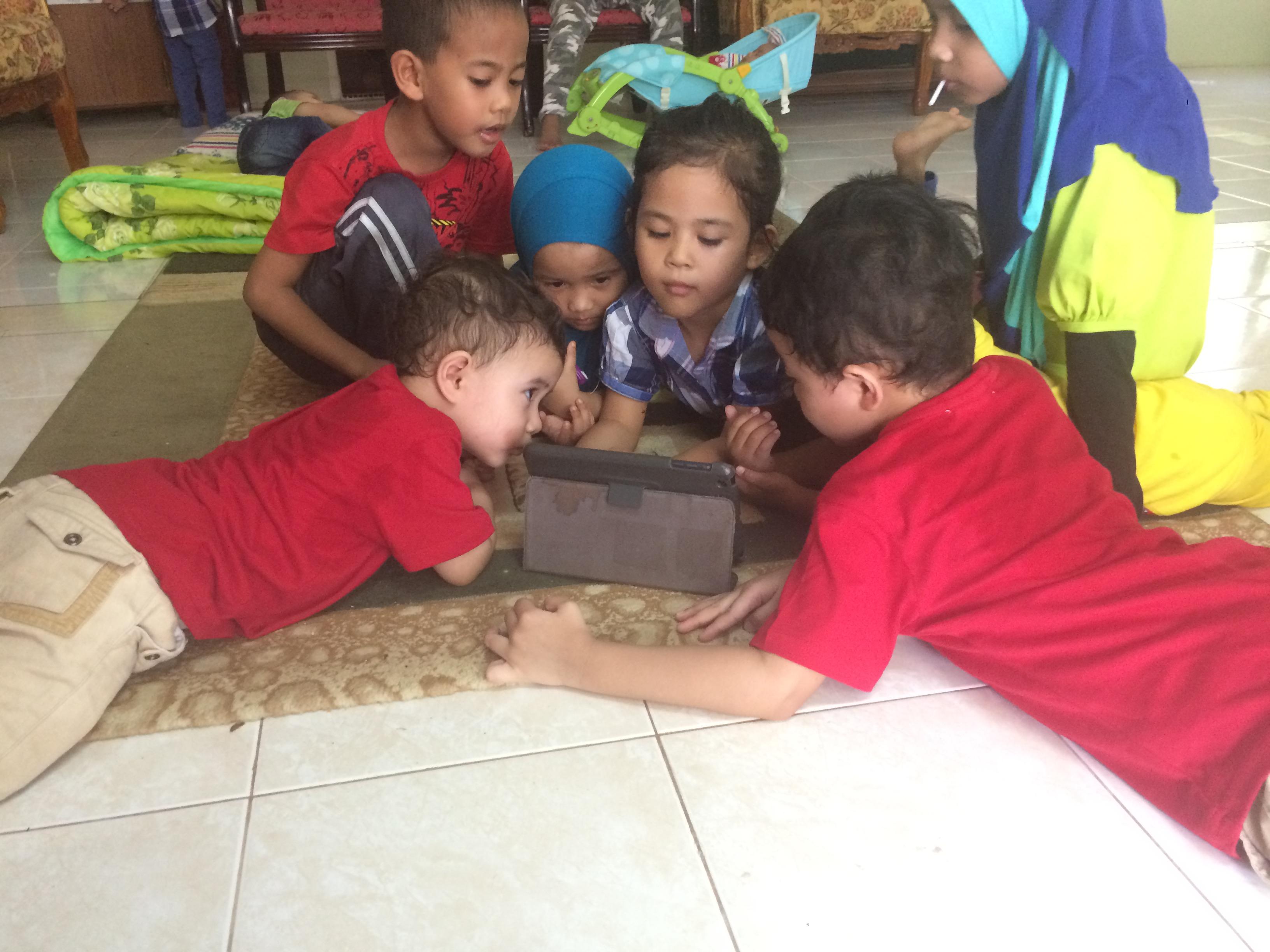 Tips Terbaik Kawal Tingkah Laku Anak Kecil Semasa Hari Raya