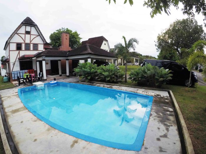 Holiday Pool Villa A'Farmosa Melaka