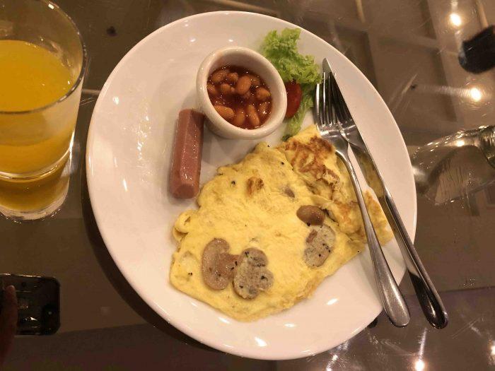 complimentary breakfast manhattan hotel