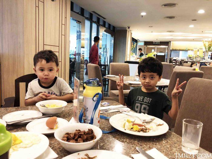 buffet sarapan pagi Hotel GBW