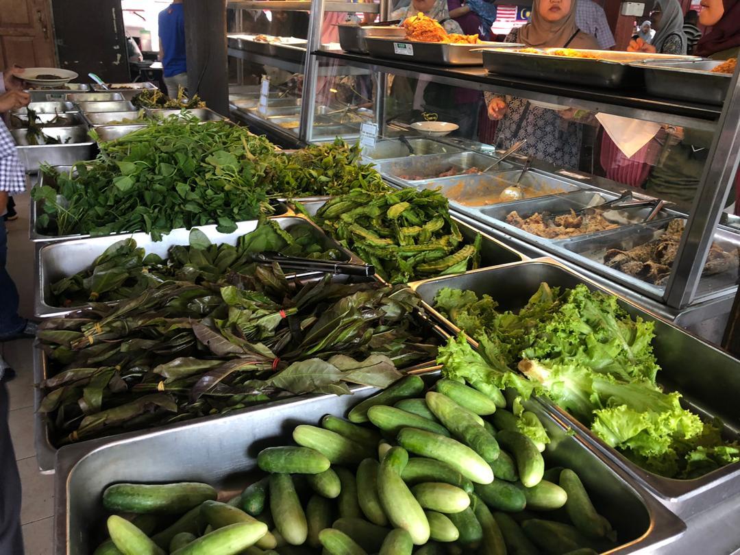 Tempat Makan Sedap Di Kelatan: Restoran Nasi Ulam Cikgu Kampung Kraftangan KB