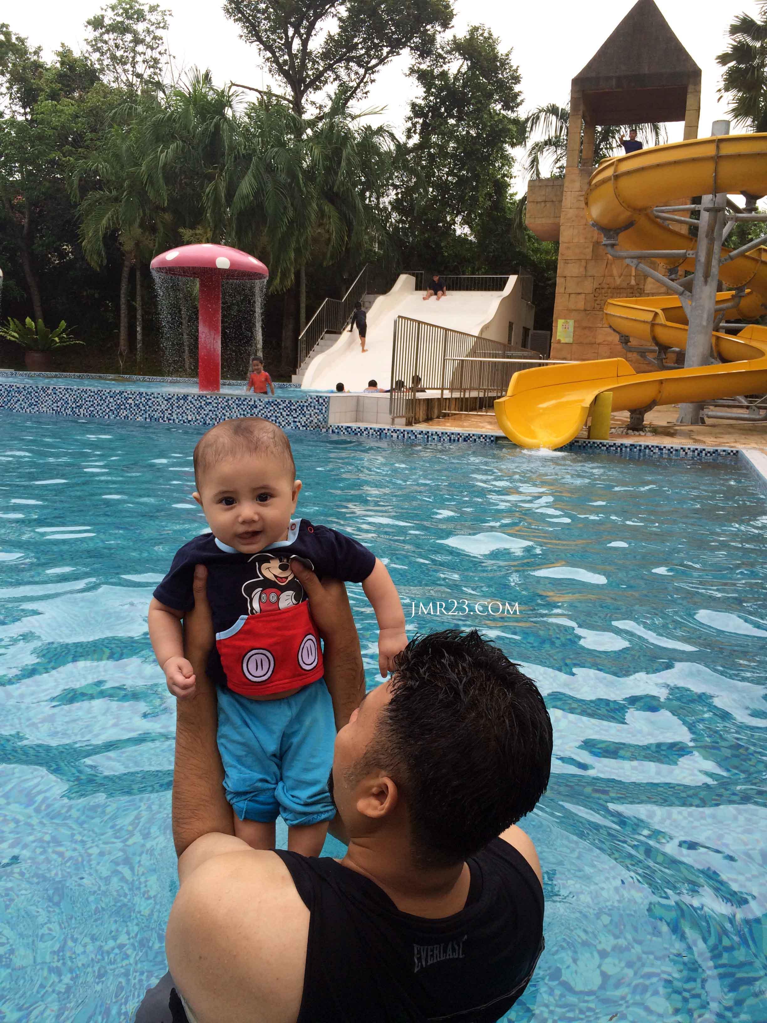 swimming pool m suites hotel